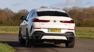 BMW X6 twin test - rear