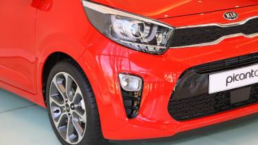 Kia Picanto 2017 - red front close