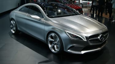 Mercedes CSC front three-quarters