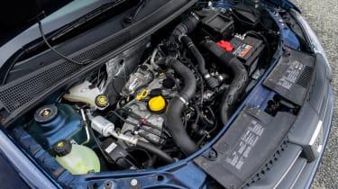 Dacia Sandero - engine