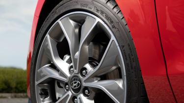 Hyundai i30 N Line alloy wheel