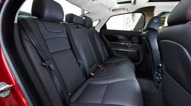 Jaguar XJ R-Sport 2015 seats
