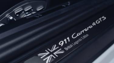 Porsche 911 British Legends Edition plaque
