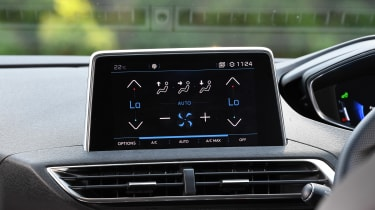 Peugeot 5008 - infotainment