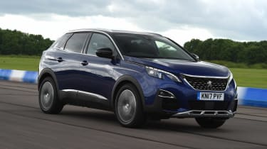 Used Peugeot 3008 Mk2 - front tracking