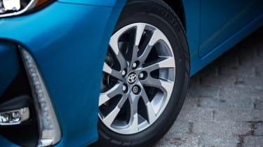 Toyota Prius Plug-in - wheel