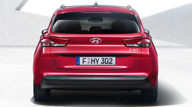 Hyundai i30 Tourer - full rear