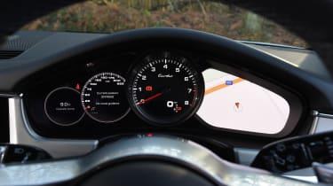 Porsche Panamera Turbo Sport Turismo - dials