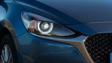 Mazda 2 - front light