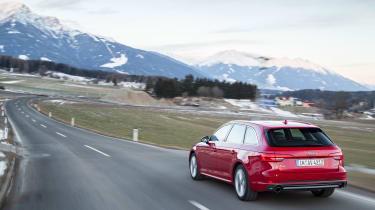 Audi A4 quattro rear tracking