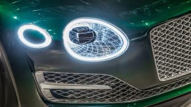 Bentley EXP 10 Speed 6 feature - lights