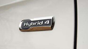 Citroen DS5 Hybrid4 badge