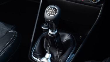 Ford Fiesta - gear