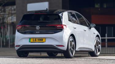 Volkswagen ID.3 Tour Pro S - rear action