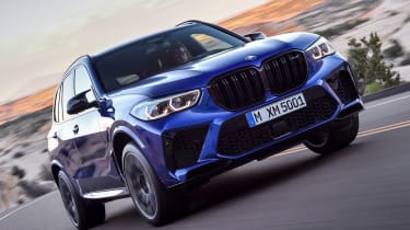 BMW X5 Competition - front action