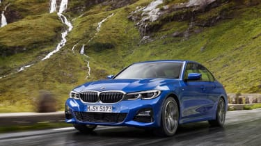 BMW 3 Series - blue front tracking