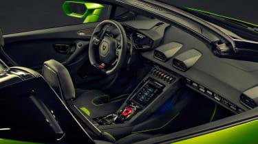 Lamborghini Huracan Evo Spyder - interior