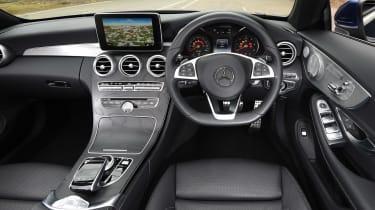 Mercedes C-Class Cabriolet - dash