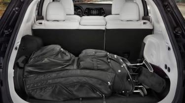 Jeep Cherokee - golf clubs