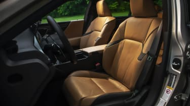 Lexus ES seats