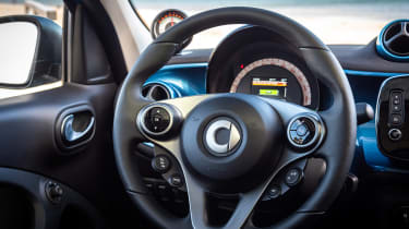 Smart EQ ForFour - steering wheel