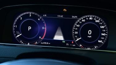 Volkswagen Golf - speedo