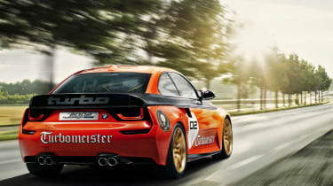 BMW 2002 Hommage Turbomeister - rear tracking