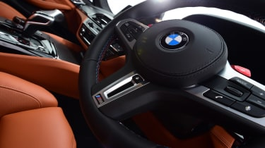 BMW M5 steering wheel side angle