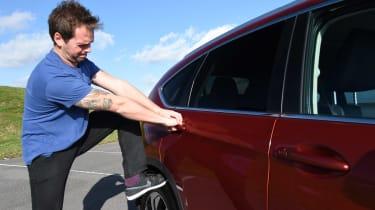 Honda CR-V long-termer - Otis door