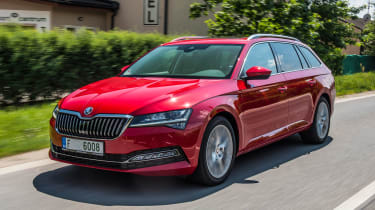 Skoda Superb Estate facelift - front