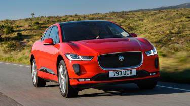 Jaguar I-Pace - front panning