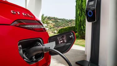 Mercedes-AMG GT 4-Door 63 S E-Performance - charging