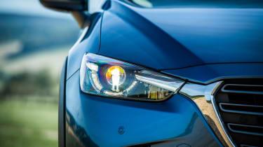 Mazda CX-3 - headlight