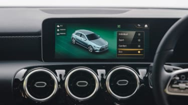 Mercedes A 250 AMG Line - infotainment