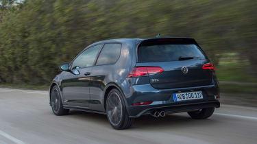 Volkswagen Golf GTD 2017 facelift - rear tracking