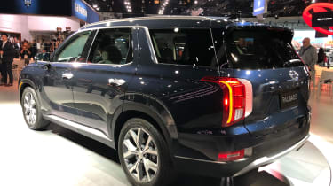 Hyundai Palisade  - LA Motor Show - rear