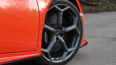 Lamborghini Huracan Evo Spyder - wheel