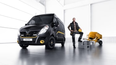 Renault Formula Edition Vans - with props