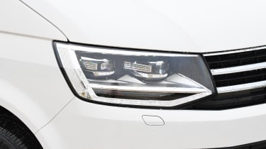 Volkswagen California Edition - headlight