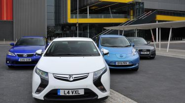 Vauxhall Ampera vs rivals
