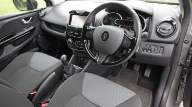 Used Renault Clio - dash