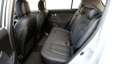 Kia Sportage 1.7 CRDi rear seats