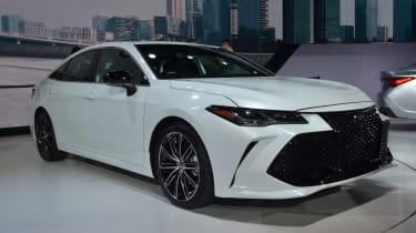 Toyota Avalon - Detroit front