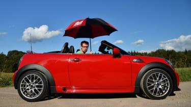 MINI Roadster side profile header