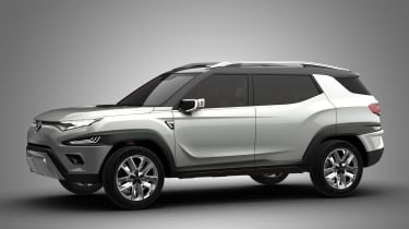SsangYong XAVL - front/side