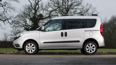 Fiat Doblo grey side