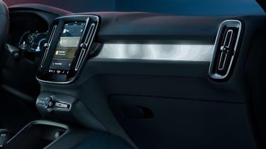 Volvo C40 Recharge - dash