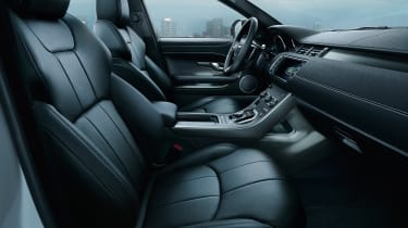 Land Rover Evoque Landmark interior