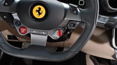 Ferrari GTC4 Lusso - steering wheel