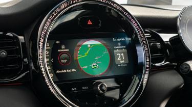 MINI Cooper S - infotainment